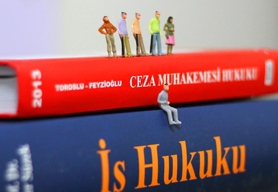 Minyatür Hukukçular / Furkan Güven Taştan